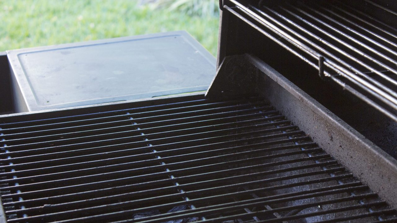 How to season grill grates